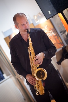 On the Sax: Hans Römer