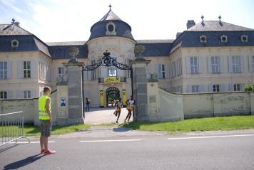 Schlössermarathon Marchfeld, eine Kenianer auf Platz 1, Schloss Niederweiden